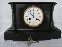 Mantel clock - France
